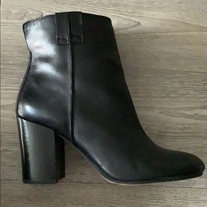 SALE *** THE PERFECT Black bootie